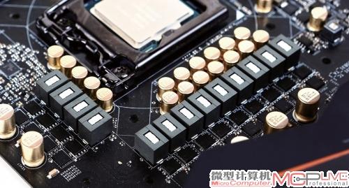 由低内阻mosfet,合金电感,12k白金电容组成的13相供电系统.